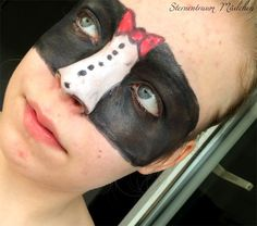 Tuxedo Mask inspired makeup by http://www.sternentraum-maedchen.de/2015/11/sailor-moon-blogparade-tuxedo-mask.html