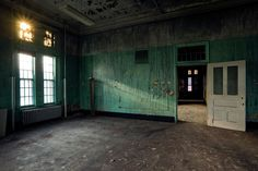 The Creepy World of Abandoned Asylums | H. H. Richardson Complex (formerly the Buffalo State Asylum for the Insane), Buffalo, New York (1881-1975)