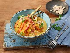 Süßkartoffel - Curry, ein tolles Rezept aus der Kategorie Schnell und einfach. Bewertungen: 121. Durchschnitt: Ø 4,4.