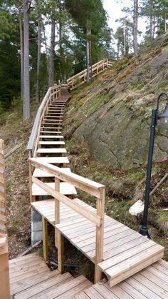 portaat Garden Stairs, Garden Bridge, Outdoor Steps, Wood Staircase, Stone Steps, Bridges, Glamping, Yards, Stepping Stones