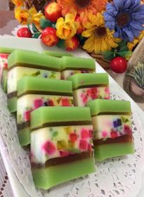 CENDOL CRSTYAL JELLY CAKE(珍多水晶燕菜糕)