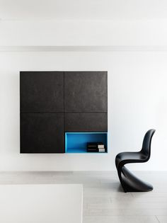 great cabinet by z axis design eklektischer stil minimalistische einrichtung samt sessel