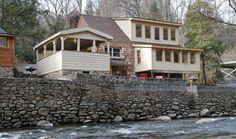 Simone's Cottage - 1 +Loft Bedroom, 2 Bathroom Cabin Rental in Gatlinburg, Tennessee.