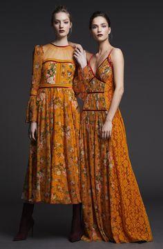 Fall Fashion Trends 2017 Modern Victorian Inspired Fall Look & Fall Fashion Trends & Latest Style Tips For Your Sewing Guide Fall Fashion Trends, Fashion 2017, Look Fashion, Runway Fashion, High Fashion, Fashion Show, Autumn Fashion, Fashion Dresses, Womens Fashion