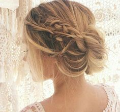 The Best Aus Day Weekend Hair Inspiration You'll See Messy Hairstyles, Pretty Hairstyles, Wedding Hairstyles, Bridal Hairstyle, Hairstyles 2016, Wedding Hair And Makeup, Hair Makeup, Good Hair Day, Hair Dos