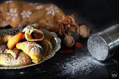 V kuchyni vždy otevřeno ...: Martinské rohlíčky s ořechovou náplní ( 3 druhy těst )