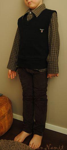 neuleliivi, kauluspaita ja samettihousut kierrättämällä. Recycling man's old clothes to boys vest, shirt and trousers