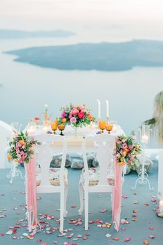 We are so glad!! ☺️ wedding in Santorini by Betty flowers and Tie the knot Santorini! Photography: Anna Roussos - www.annaroussos.com