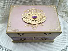 vintage lavander antique shabby chic jewlery box bz Adisa Lisovac decoupage