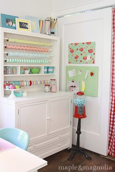 Sleek wrapping station. I love this.  Craft Room