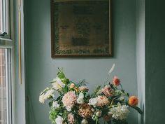 Beautiful wall colors that aren't white. Florist Anna Potter's Sheffield Home – Design*Sponge Decor, Interior, Color Inspiration, Design Sponge, Best Paint Colors, Wall Colors, Home Decor, Dark Walls, Wall Color