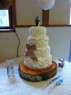 burlap wedding cakes - Google Search