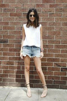 The Man Repeller Blog has to be my absolute favorite style blog...this is the woman herself captured on a more subdued day, but still looking fun and easy for summer!    Man Repeller | Page 5
