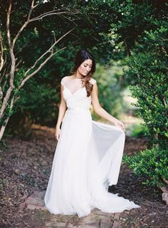 Romantic spring bridal look: http://www.stylemepretty.com/louisiana-weddings/greenwood/2016/06/27/see-the-hairstyle-that-everyone-will-be-wearing/ | Photography: Brandi Smyth - http://www.brandismyth.com/