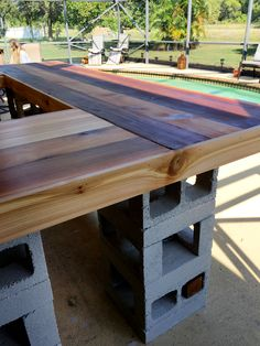 diy patio bar. Homeowner Stacks Cinder Blocks\u2014look At Her Patio Now | Cinder, Woodwork And Patios Diy Bar