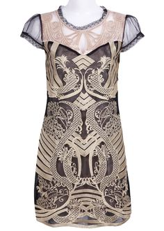 Black and Gold Silk Short Sleeve A-line Dress! Looks so Gatsby-esque! Pretty Outfits, Pretty Dresses, Beautiful Outfits, Pretty Clothes, Bon Look, Textiles, Textile Prints, Gold Silk, Silk Shorts