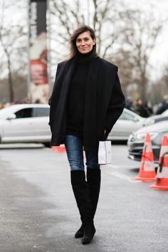 over the knee boots emmanuelle alt Emmanuelle Alt Style, Beatnik Style, French Girl Style, Vogue Fashion, Net Fashion, Style Fashion, Fashion Outfits, Paris Chic, Mode Jeans