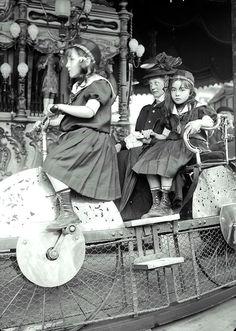 Paris, Carousel 1910
