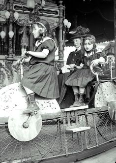 Paris, Carousel 1910