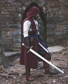 Fantasy Character Design, Character Design Inspiration, Character Art, Medieval Armor, Medieval Fantasy, Viking Cosplay, Armor Concept, Fantasy Armor, Fun Comics
