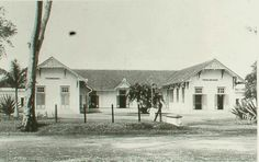 Opleidingsschool voor Inlandsche Ambtenaren te Bandoeng. 1920