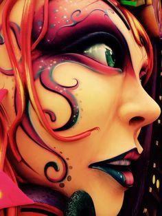 """Foto en detalle, carroza del """"Carnaval de Negros y Blancos"""" Pasto Colombia. #carnavales #pasto #arte #art #carnavalnegrosyblancos #colombia #photo #plasticart #plasticartist #plasticarts"""