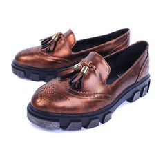 Find More Women's Flats Information about 2016 Spring New British Style Retro Flat Platform Flats Female Tassel Round Toe Heavy Bottomed  Loafers Tide Woman Shoes,High Quality shoes seniors,China shoe dazzle shoes Suppliers, Cheap shoe show shoes from Fashion Boutique Discount Stores on Aliexpress.com