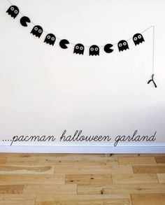 FREE DOWNLOADABLE TEMPLATE!  easy, simple, cheap.  PacMan Garland...and other cheap crafts & decor.  Do it in black for Halloween garland or in color though out the year to be festive!