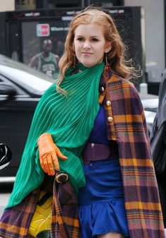 confessions of a shopaholic green scarf
