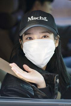 Iu Hair, Korean Singer, Baseball Hats, Actresses, Moonlight, Posts, Kpop, Flower, Twitter