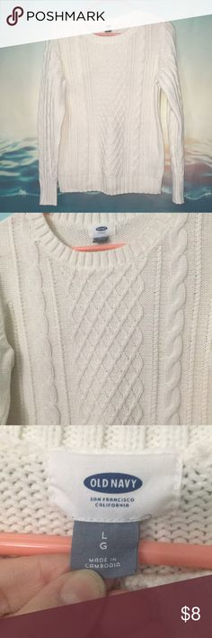 Cable Knit Sweater 21 White cable knit sweater in perfect condition. Sweaters