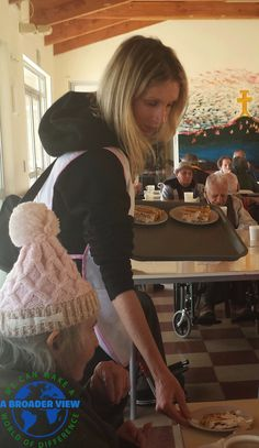 Volunteer Jennifer Atkinson in Chile La Serena volunteering at the Elderly Care center https://www.abroaderview.org