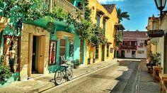 Calle cochera del hobo - Cartagena de indias.