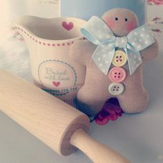Cute doll, buttons and bows, by: Sew a little love