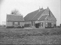 Tholen, Landmanslust/Oud Kettinghoeve  Foto 1947 New Farm, The Province, Old And New, Netherlands, Holland, Farmhouse, Cabin, House Styles, Kunst