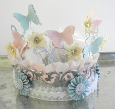 Spring crown made with Tim Holtz Sizzix Dies by Shelly Hickox. If I had a little girl eh?!