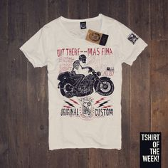 "Stampa ""Original Custom"" su morbido cotone per la #TshirtOfTheWeek di oggi! Acquistala subito >> http://www.scorpionbay.com/it/store/uomo/t_shirt-e-polo/t_shirt-97250"