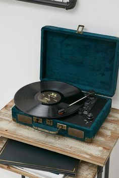 """((Closed)) Andriel stands and listens to the old music playing in her record player. She missed home. She heads a knock on the door and runs over. She sees that you seem in distress """"uh how can I help you? She asks"""