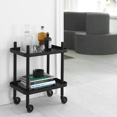 Block Couch- und Beistelltisch Normann Copenhagen - Lilly is Love Trolley Table, Serving Trolley, Block Table, Multifunctional Furniture, Dining Furniture, Home Accents, Home Accessories, Shadow Box, House
