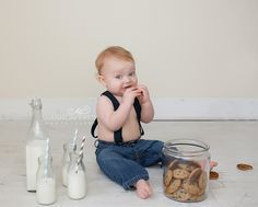 Cookies and milk themed one year old birthday photo session   Nashville TN Baby Photographer