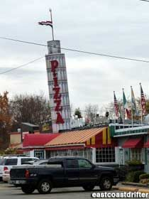 Visit reports, news, maps, directions and info on Leaning Tower of Pizza in Saugus, Massachusetts. Boston Attractions, Boston Restaurants, Roadside Attractions, Cambridge Town, Boston Pictures, Appian Way, New England Travel, Latest Discoveries, Red Roof