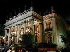 Guanajuato El Famoso Teatro Juarez