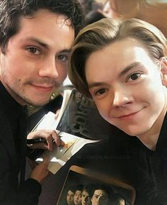 thomas brodie-sangster and dylan o'brien Maze Runner Funny, Maze Runner Thomas, Maze Runner The Scorch, Maze Runner Cast, Maze Runner Movie, Maze Runner Series, Dylan O'brien, Dylan Thomas, Thomas Brodie Sangster