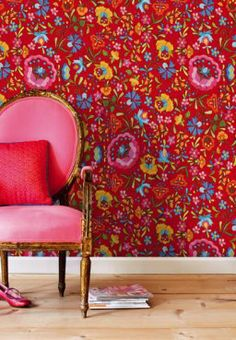 Such a fun color combination http://glo.msn.com/living/unexpected-home-pairings-7216.gallery