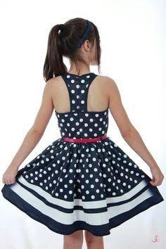 Resultado de imagem para vestidos infanto juvenil nenuca Little Dresses, Little Girl Dresses, Girls Dresses, African Fashion, Kids Fashion, Fashion Outfits, Kids Frocks, Frock Design, Kind Mode