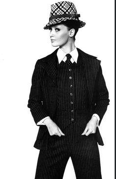 Yves Saint Laurent .Fotografía de John Carter.1967.