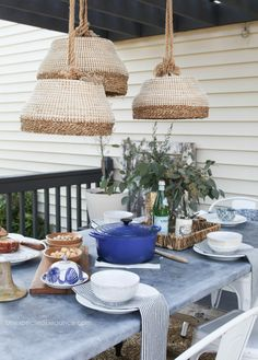 This DIY Outdoor Pendant Light tutorial is a great way to brighten your space and spend more time on the deck in the evenings! Diy Outdoor Furniture, Outdoor Decor, Outdoor Spaces, Diy Pendant Light, Pendant Lights, Pendant Lamps, Outdoor Pendant Lighting, Dyi, Easy Diy