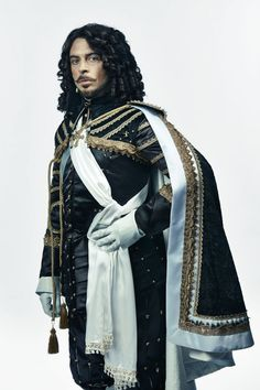 Ryan Gage as King Louis Bbc Musketeers, The Three Musketeers, Larp, Roi Louis, Tom Burke, Bbc Tv Series, Pose, Period Outfit, Fantasy