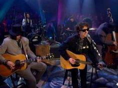 Bob Dylan singing Knockin on Heaven's Door. I had the thrill of a lifetime to see him perform live! Perhaps the best living legend of songwriting in the world!