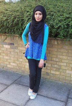 Aalia (author of Aalia's hijab styling guide) outfit of the day Modest Outfits, Hijab Fashion, Style Guides, Outfit Of The Day, Turtle Neck, Sweaters, Author, Instagram, Today's Outfit
